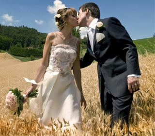 un-mariage-champetre-hmm-ca-sent-la-compagne